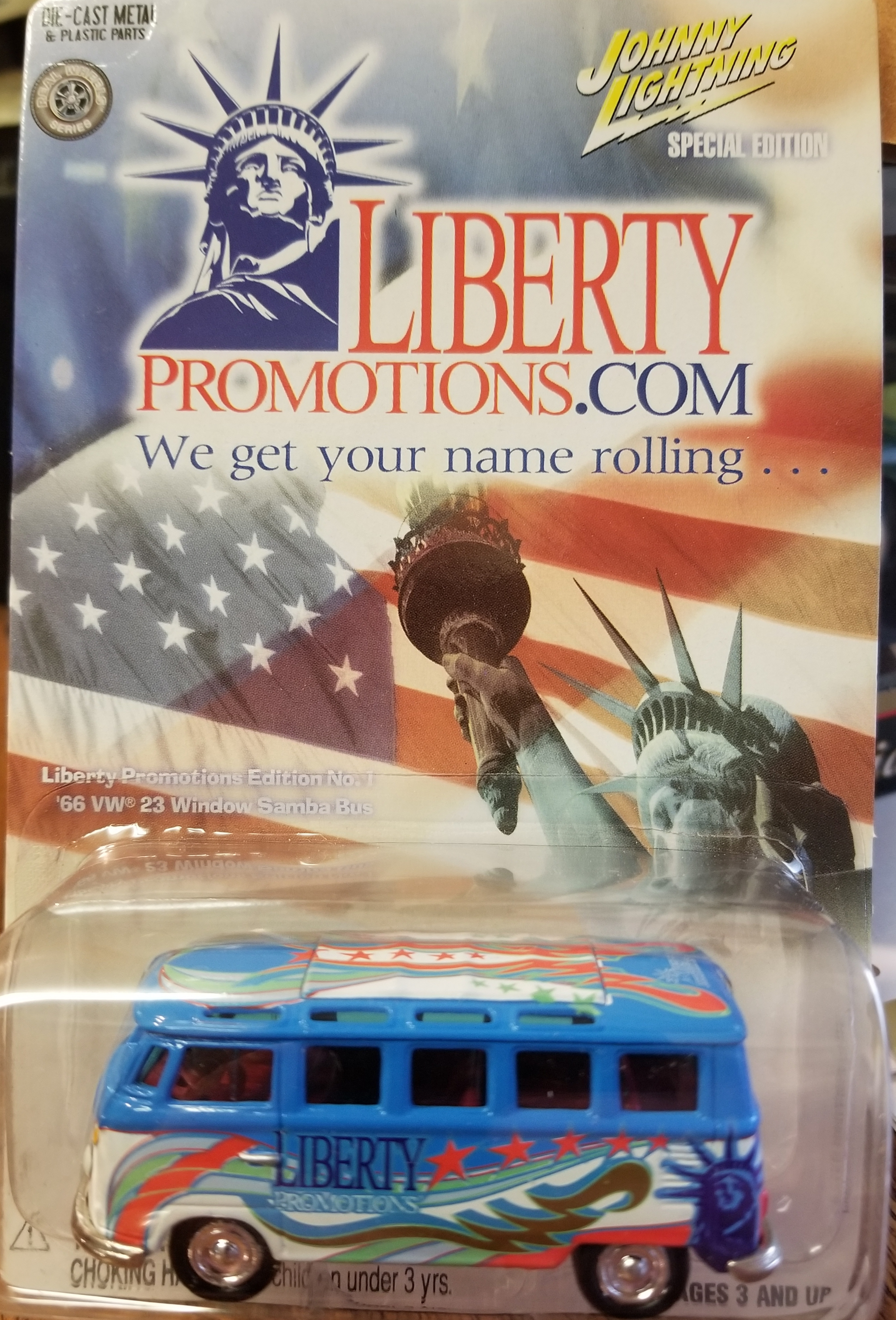 Johnny Lightning LIBERTY PROMOTIONS 1966 23 Window SPECIAL EDITION 2002 (Only 5000 Made)